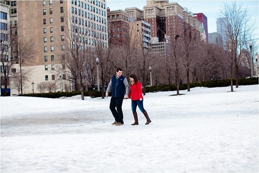 Chicago_Grant_Park_Engagement_Photographer_0003.jpg