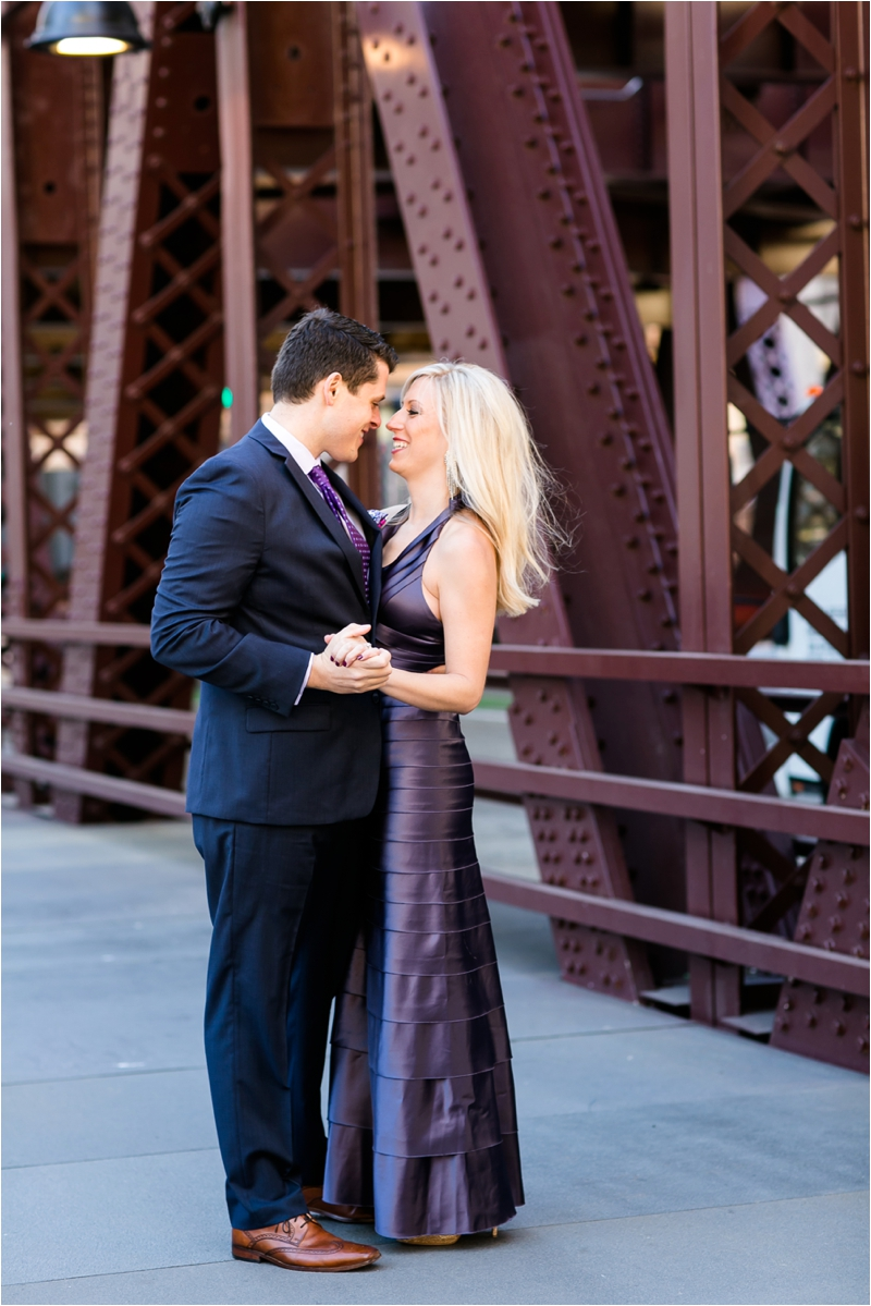 Downtown_Chicago_Engagement_Photographer_0005.jpg