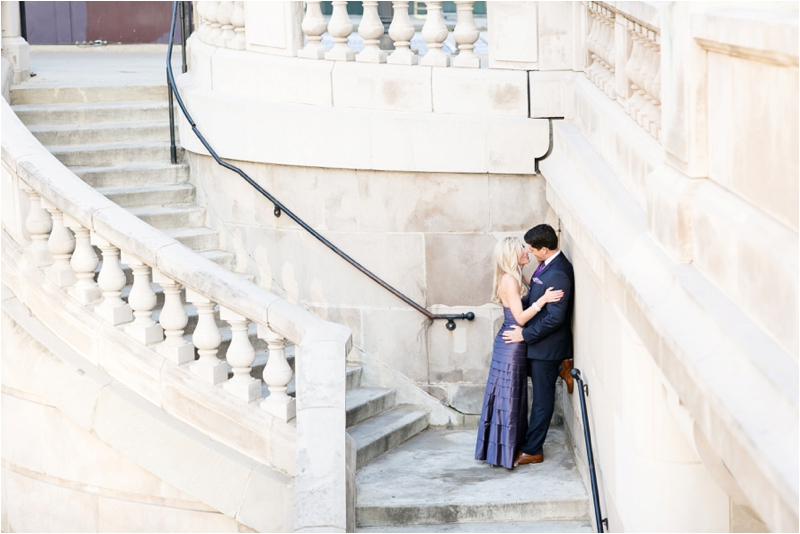 Downtown_Chicago_Engagement_Photographer_0008.jpg