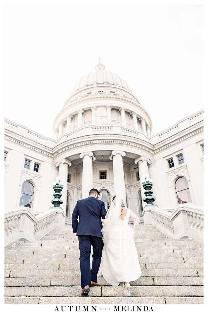 Madison_Capitol_Wisconsin_Wedding_Photographer_0002.jpg
